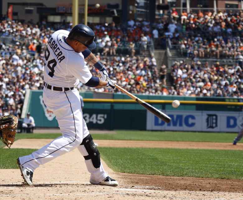 MLB Cabrera Scherzer carry Tigers with rare feats