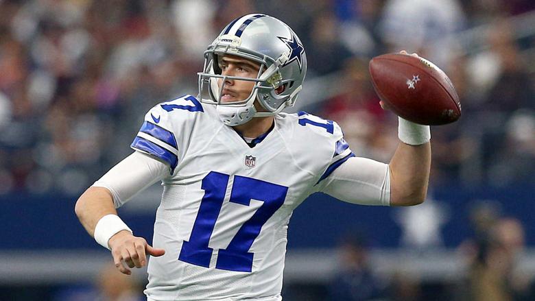 Cowboys backup QB Kellen Moore suffers broken ankle
