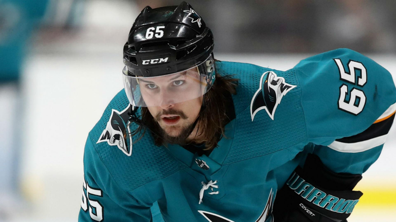 Sharks Erik Karlsson gets solo lap and standing ovation in return