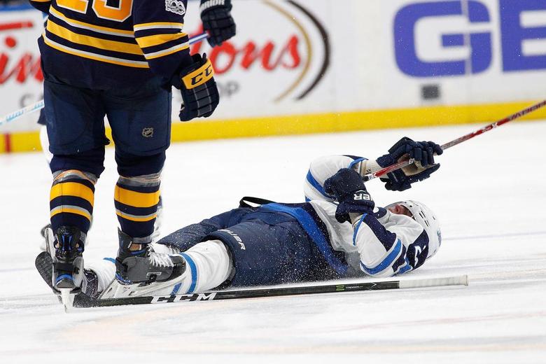 Patrik Laine suffers concussion as hit sparks line brawl between