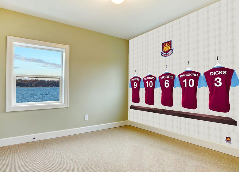 Dressing room heros in your bedroom Official West Ham United FC