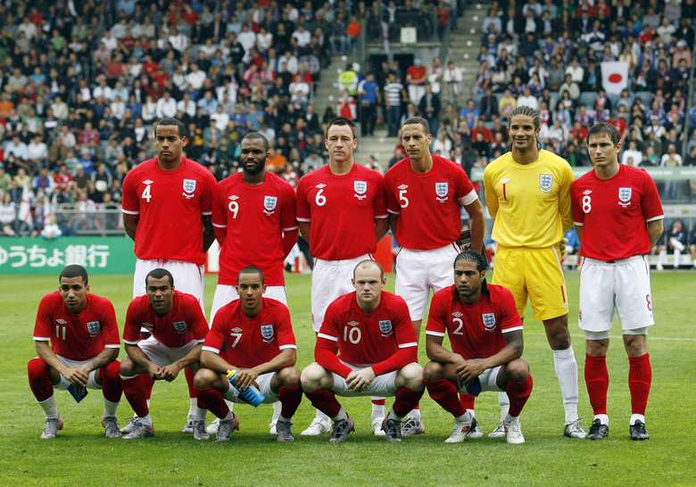 Walcott Johnson among cuts as England names WC squad