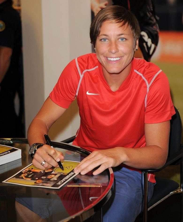 Sports Stars Abby Wambach New Pictures Latest Image and Photos 2014