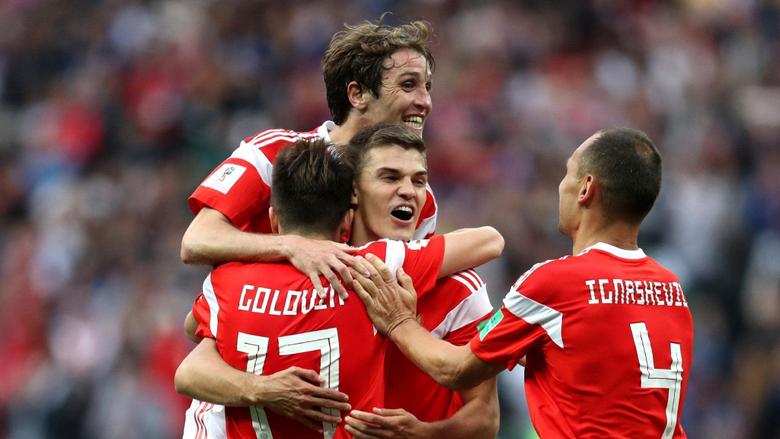 World Cup 2018 Aleksandr Golovin stars as Russia demolish Saudi