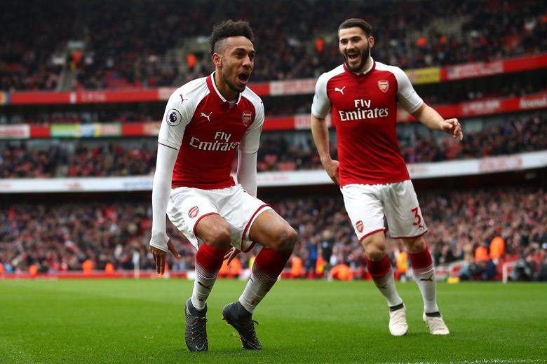 Europa League ineligibility made Aubameyang s move to Arsenal