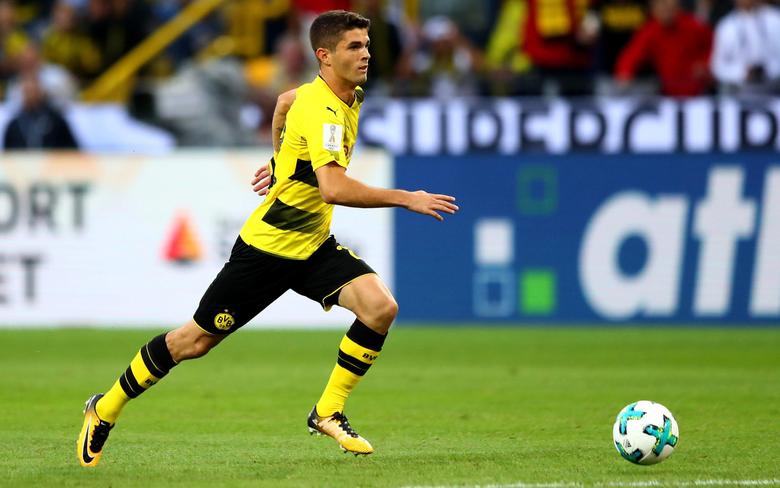 wallpapers Christian Pulisic Borussia Dortmund soccer