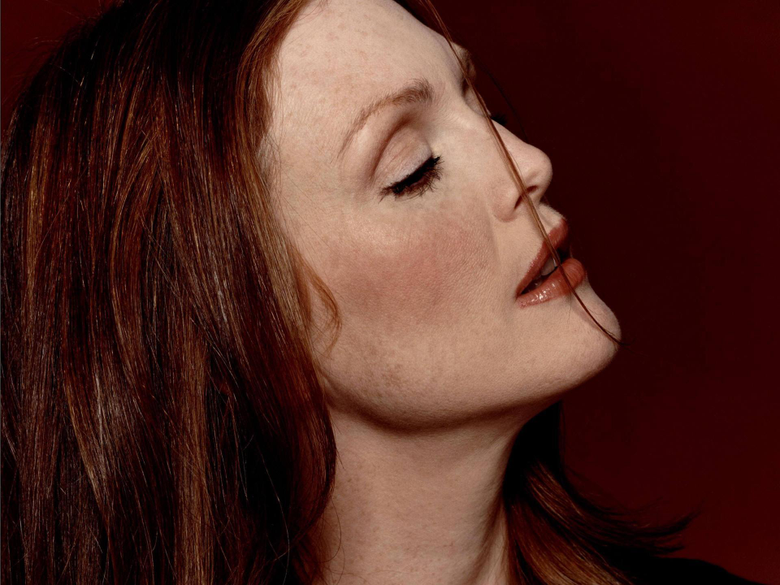 Julianne Moore Wallpapers High Quality