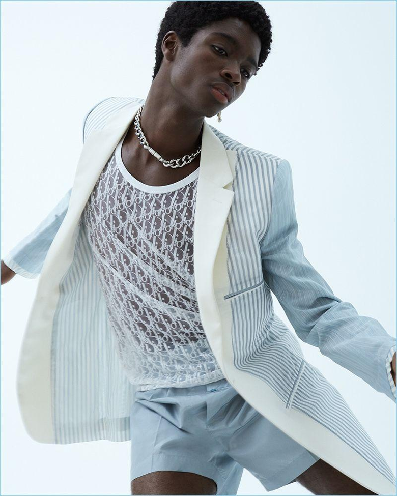 Sharp Relief Alton Mason Dons Spring 19 Looks for WWD