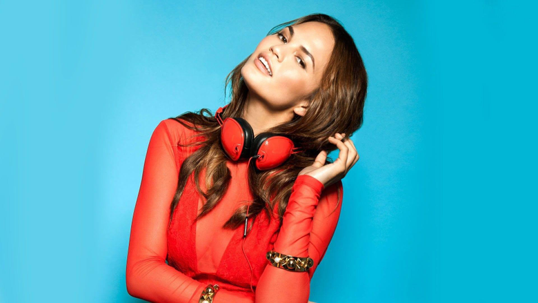 Chrissy Teigen Clothing Looks Brands Costumes Style and