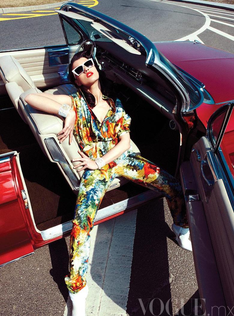 Crystal Renn for Vogue México