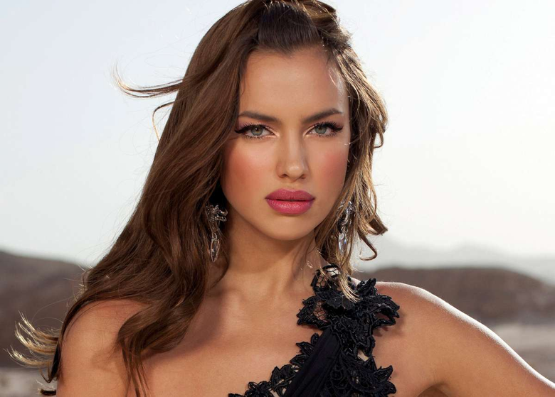 Irina Shayk Hot Wallpapers Pictures to pin