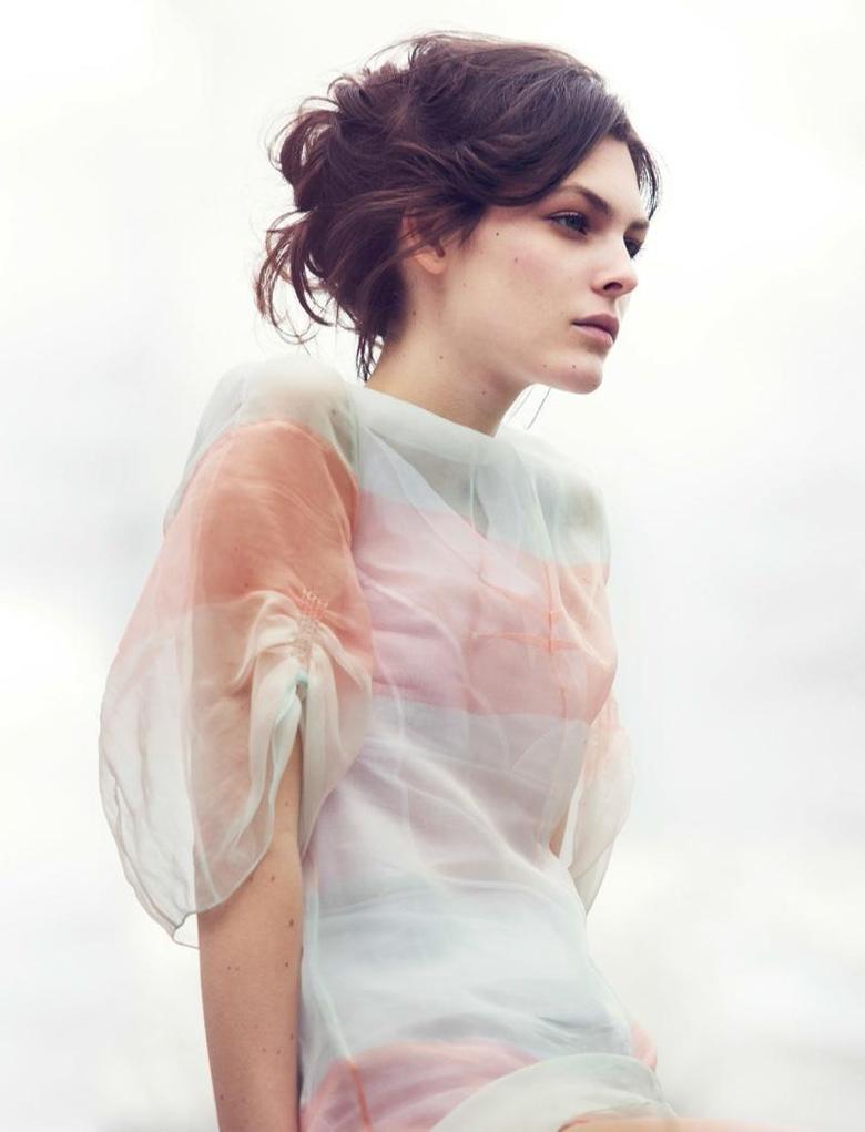 Vittoria Ceretti Models Spring s Romantic Dresses for Vogue China