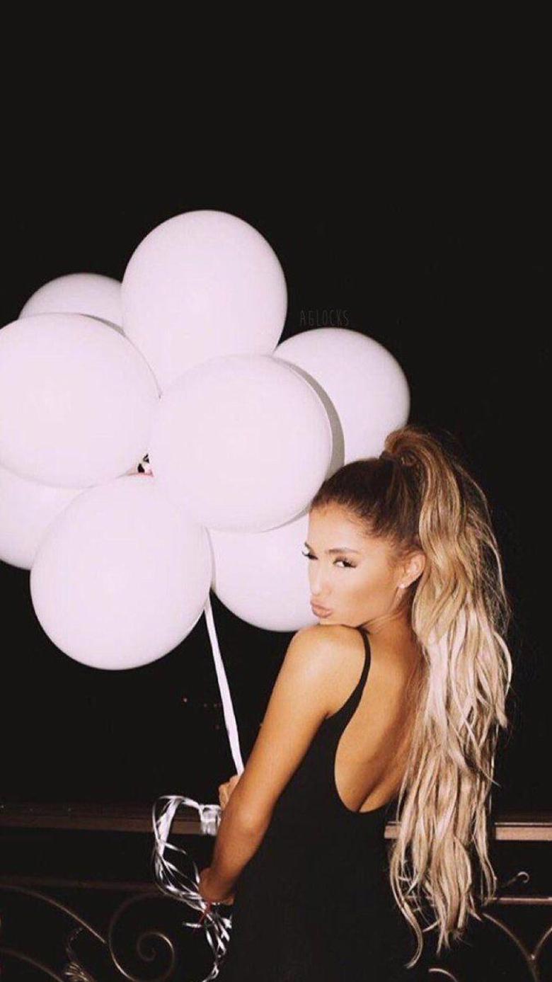 Ariana Grande iPhone Wallpapers