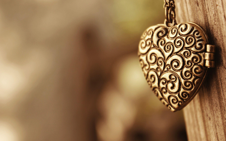 Necklace Wallpapers 35482 2560x1600 px HDWallSource