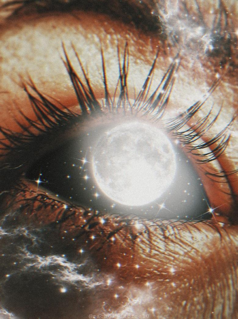 Aesthetic Moon Eye