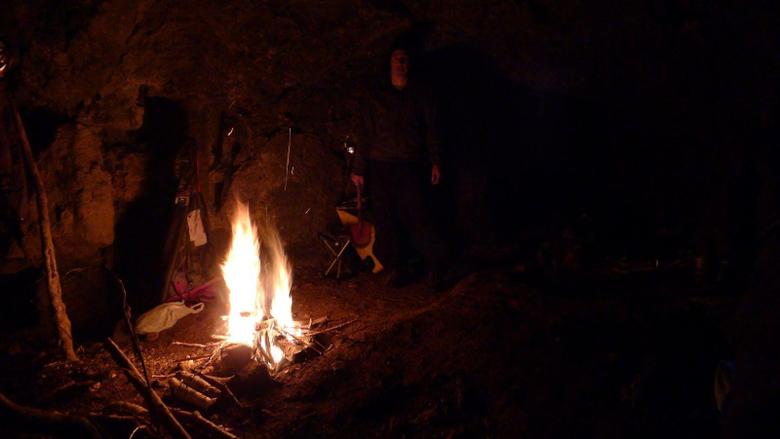 Jasa Blog Copas Caveman Fire Wallpapers