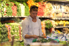 Ryan Phillippe image Ryan Phillippe Ava Whole Foods Stop HD