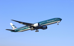 Cathay Pacific Boeing 777 in flight wallpapers