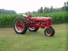 best image about Farmall Tractors