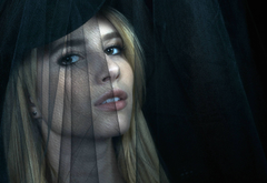 Emma Roberts in American Horror Story wallpapers