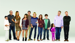 MODERN FAMILY sitcom comedy series