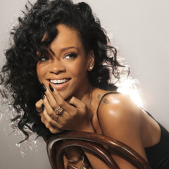 Rihanna Live Wallpapers