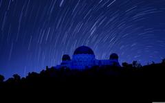 Griffith Observatory at Night Star Trails 4K HD Desktop