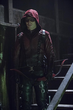 Colton Haynes Arsenal Returning to Arrow