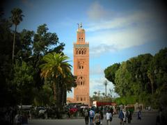 Marrakech De la Place Jemaa el Fna au Parc Lalla Hasna en passant