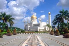 BWN Brunei Bandar Seri Begawan Omar Ali Saifuddien Mosque b