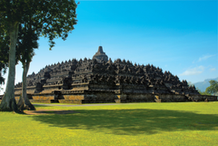 Borobudur Temple With a Beautiful View Photo Picture HD Wallpapers