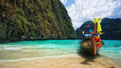 Boat near the shore in Phuket wallpapers and image