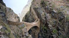 Bridges Mountain Bridge Yemen Stones Pictures For Desktop for HD