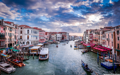 View of the Grand Canal from Rialto Bridge Venice 4K HD Desktop