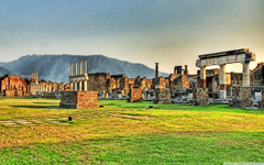 Pompeii Scavi Ruins Astrewn 4K HD Desktop Wallpapers for 4K Ultra