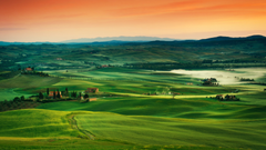 Rolling Countryside Of Tuscany Italy 4K UltraHD Wallpapers