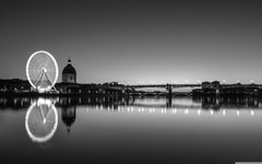 Toulouse Black and White 4K HD Desktop Wallpapers for Dual