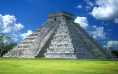 Pyramid of Kukulk n Chichen Itza Yucatan Peninsula Mexico