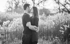 HD Kissing Couple Wallpapers