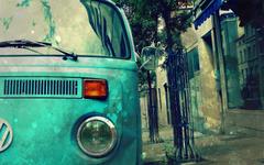 Blue Volkswagen Transporter Vintage Car Graphy Wallpapers
