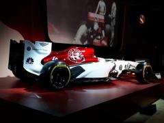 Sauber unveil Alfa Romeo livery