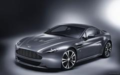 Aston Martin V12 Vantage 2 Wallpapers