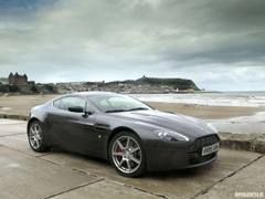 Supercars Wallpapers Aston Martin V8 Vantage Wallpapers