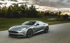 2015 Aston Martin Vanquish Wallpapers HD 7
