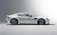 Aston Martin Vantage GT4 3 Wallpapers