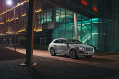 Bentley Bentayga Plug