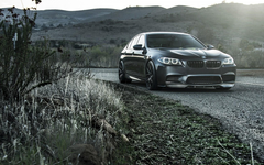 BMW M5 F10 On Road Wallpapers Wallpapers
