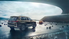 BMW X7 at first just with IC engines hybrid comes later