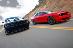 muscle cars dodge challenger hellcat hemi wallpapers and backgrounds
