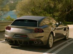 La Ferrari GTC4 Lusso prend la route